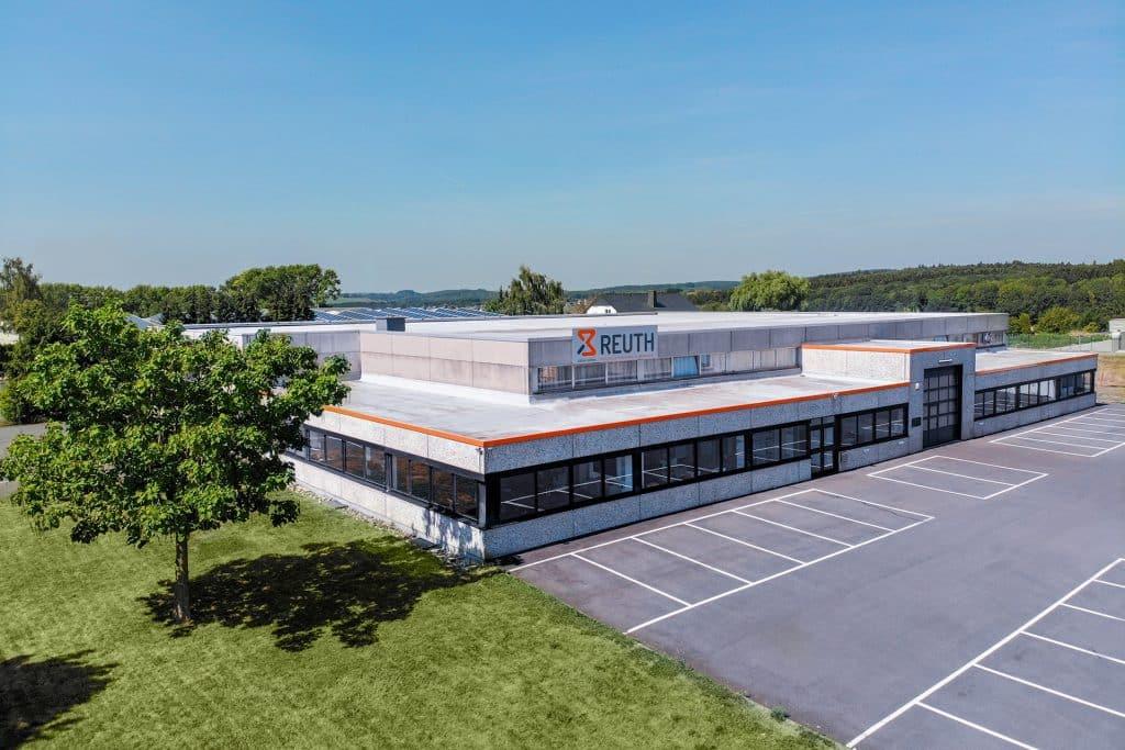 Reuth Firmengebäude - Werkzeugbau, Formenbau und Sondermaschinenbau
