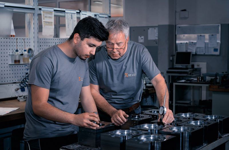 Reuth-Team - Werkzeugbau, Maschinenbau, Formenbau